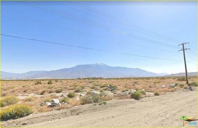 2 Pierson Blvd, Desert Hot Springs, CA 92240 (#20-572854) :: Eman Saridin with RE/MAX of Santa Clarita