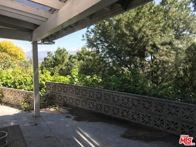 3956 Cody Rd, Sherman Oaks, CA 91403 (#20-573308) :: Randy Plaice and Associates