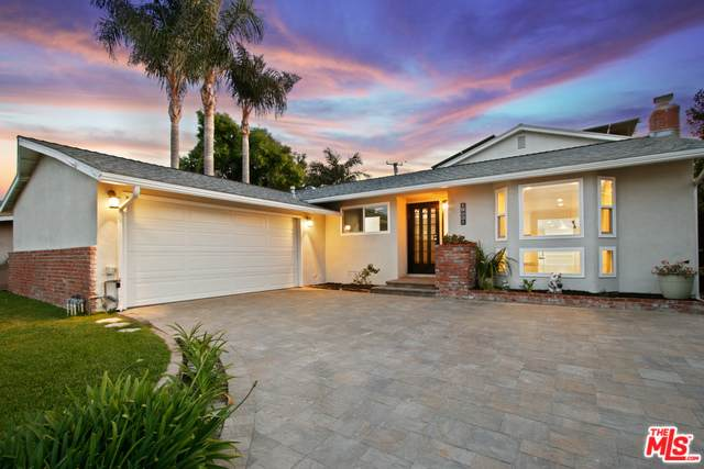 19051 Hamden Ln, Huntington Beach, CA 92646 (#20-573688) :: Randy Plaice and Associates