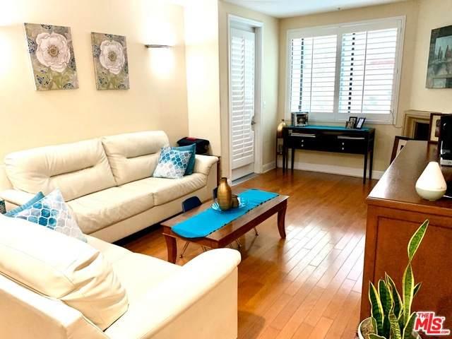 4724 Kester Ave #104, Sherman Oaks, CA 91403 (#20-573886) :: Randy Plaice and Associates