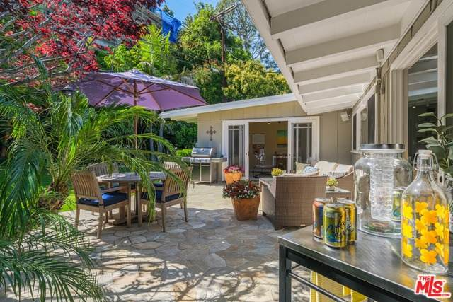 825 Jacon Way, Pacific Palisades, CA 90272 (#20-575916) :: Randy Plaice and Associates
