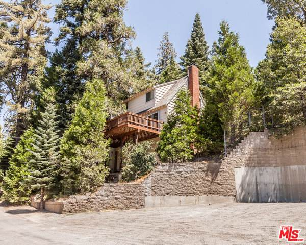 250 Mittry Ln, Lake Arrowhead, CA 92352 (#20-577474) :: The Pratt Group