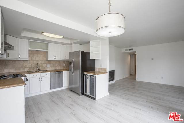 12629 Caswell Ave #13, Los Angeles, CA 90066 (#20-578014) :: The Pratt Group