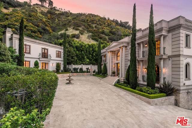 1714 Stone Canyon Rd, Los Angeles, CA 90077 (#20-578104) :: The Pratt Group