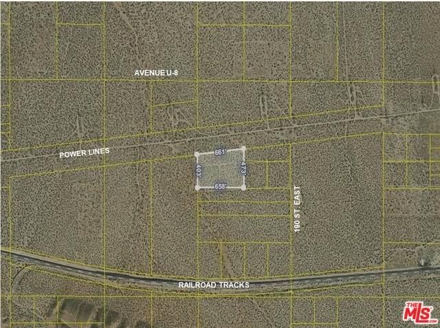 0 187 St. E And Ave. U, Llano, CA 93591 (#20-578160) :: The Pratt Group