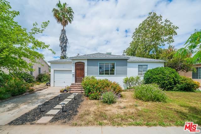 17735 Collins St, Encino, CA 91316 (#20-578538) :: Randy Plaice and Associates