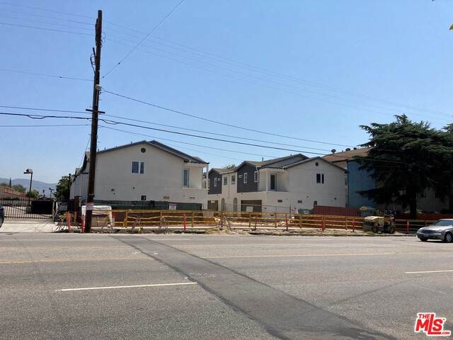 6516 Vineland Ave - Photo 1