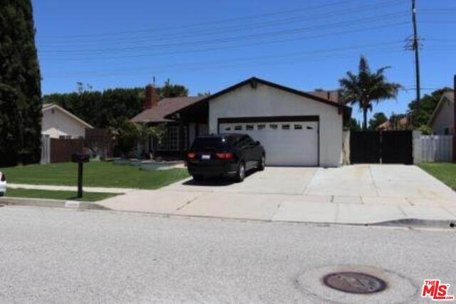 1436 Acapulco Ave, Simi Valley, CA 93065 (#20-580634) :: The Parsons Team