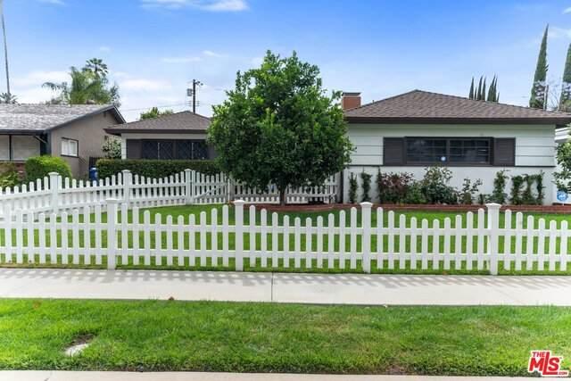 4847 Dempsey Ave, Encino, CA 91436 (#20-581246) :: The Pratt Group