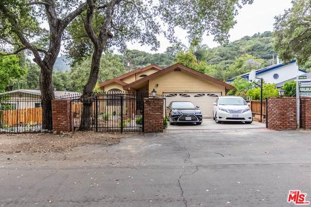 2912 Oakendale Pl, Glendale, CA 91214 (#20-581384) :: Randy Plaice and Associates