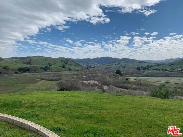 7296 Santos Rd, Lompoc, CA 93436 (#20-581506) :: Lydia Gable Realty Group