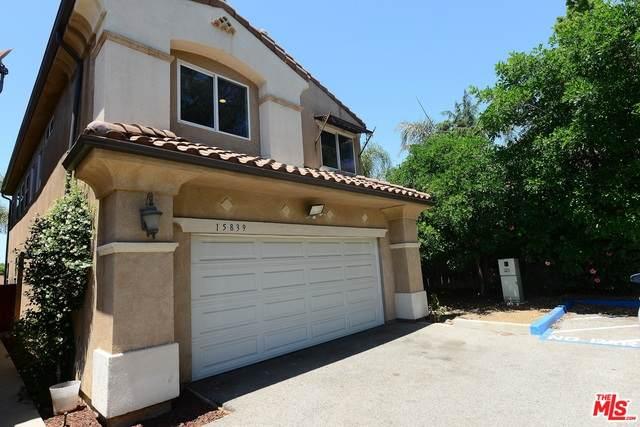 15839 Wyandotte St, Lake Balboa, CA 91406 (#20-582566) :: Randy Plaice and Associates