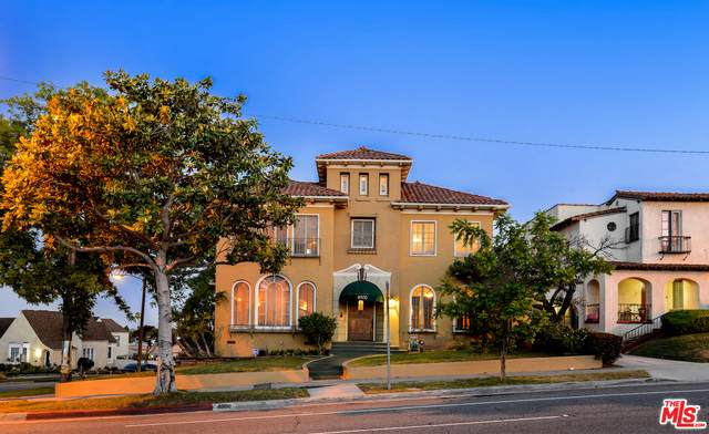 4900 Angeles Vista Blvd, View Park, CA 90043 (#20-582658) :: The Suarez Team
