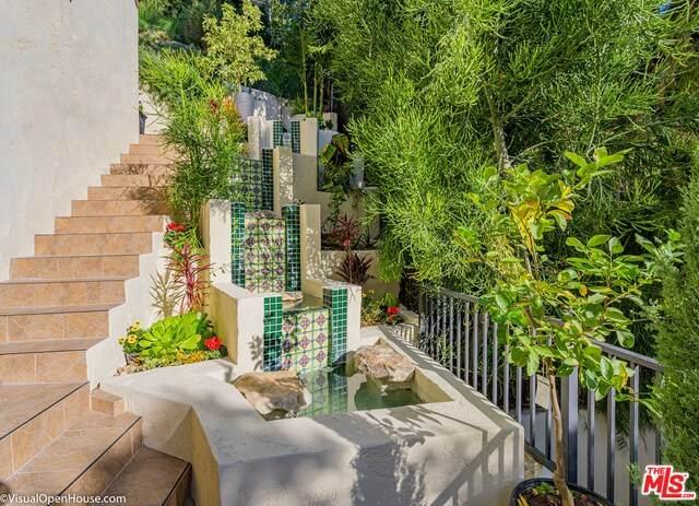 1778 N Orange Grove Ave, Los Angeles, CA 90046 (#20-582764) :: Randy Plaice and Associates