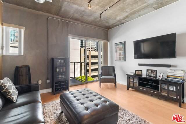 645 W 9TH St #509, Los Angeles, CA 90015 (#20-583086) :: The Pratt Group