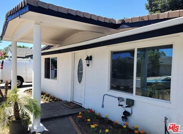 22119 Bassett St, Canoga Park, CA 91303 (#20-583156) :: Randy Plaice and Associates