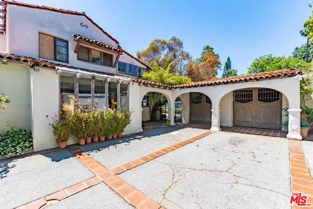 12725 W Sunset, Los Angeles, CA 90049 (#20-583656) :: The Pratt Group