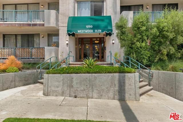 1250 Beverly Glen - Photo 1