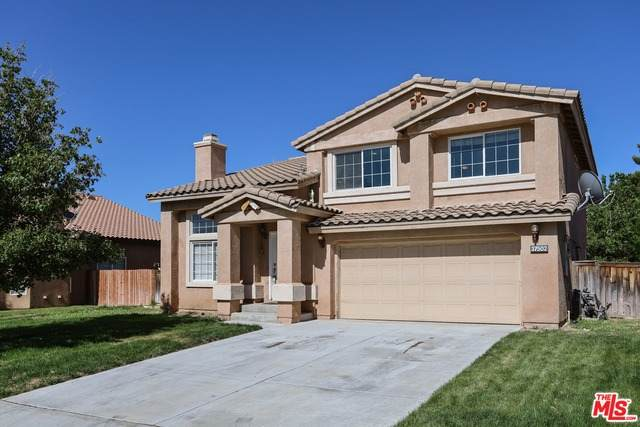 37502 Park Forest Ct, Palmdale, CA 93552 (#20-584046) :: Eman Saridin with RE/MAX of Santa Clarita