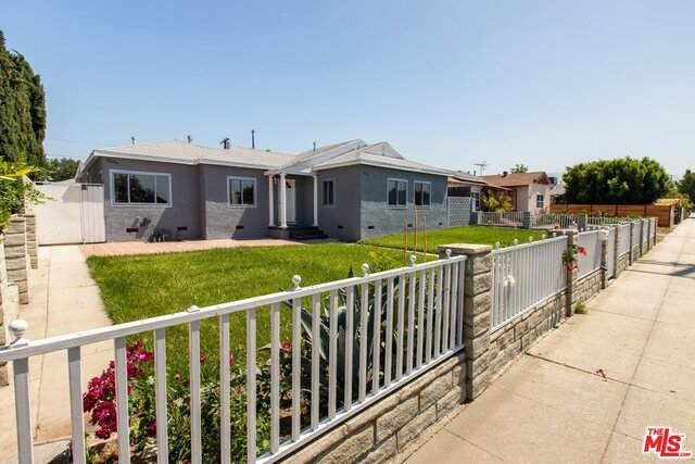 10745 Saticoy St, Sun Valley, CA 91352 (#20-584392) :: Randy Plaice and Associates