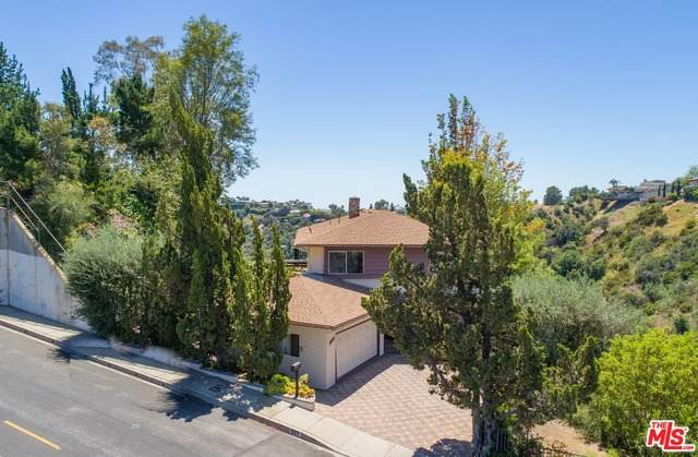 1323 Stradella Rd, Los Angeles, CA 90077 (#20-584466) :: The Pratt Group