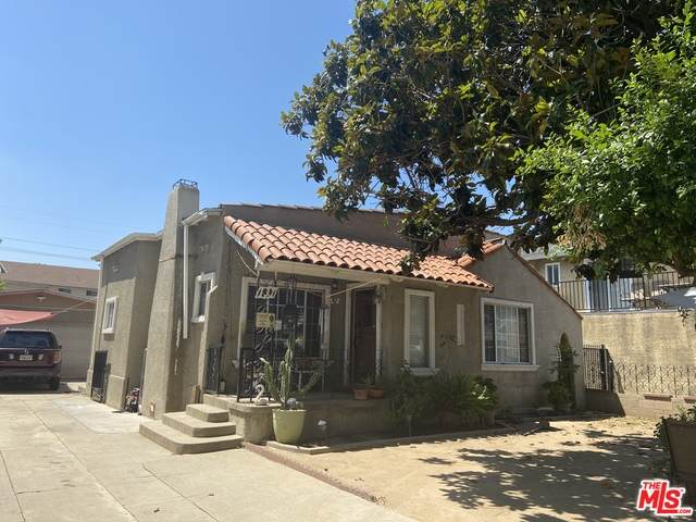 137 N Poplar Ave, Montebello, CA 90640 (#20-584564) :: Randy Plaice and Associates