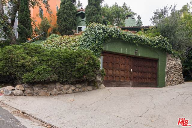 6943 Camrose Dr, Los Angeles, CA 90068 (#20-586776) :: Randy Plaice and Associates