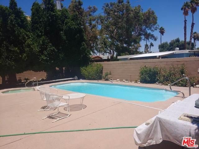 2040 N Volturno Rd, Palm Springs, CA 92262 (#20-587820) :: The Pratt Group