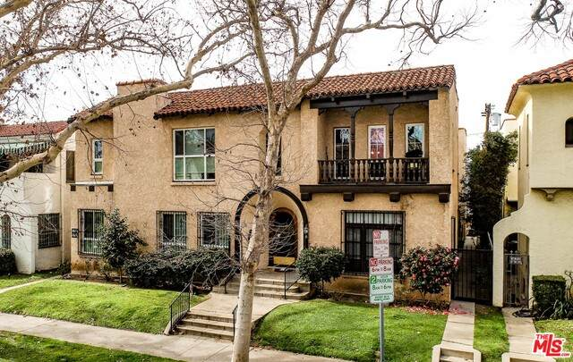 157 S Sycamore Ave, Los Angeles, CA 90036 (#20-589906) :: Randy Plaice and Associates