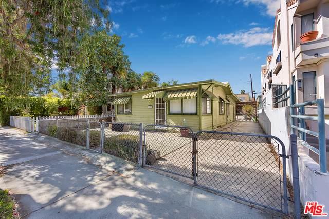 2455 Chelsea Pl, Santa Monica, CA 90404 (#20-590418) :: HomeBased Realty