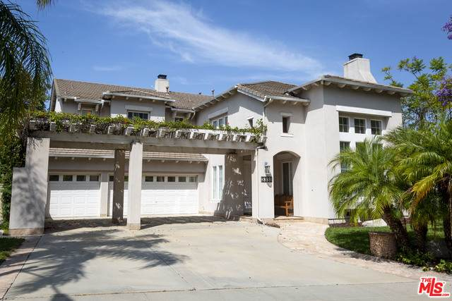 3331 Castleman Ln, Burbank, CA 91504 (#20-591148) :: Randy Plaice and Associates