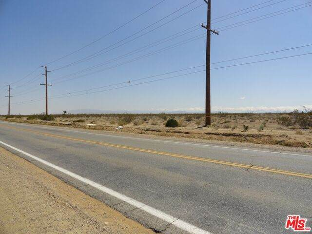 0 Kiowa Rd, Apple Valley, CA 92308 (#20-592278) :: Randy Plaice and Associates