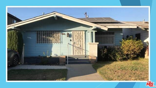 1715 W 53RD St, Los Angeles, CA 90062 (#20-592796) :: Compass
