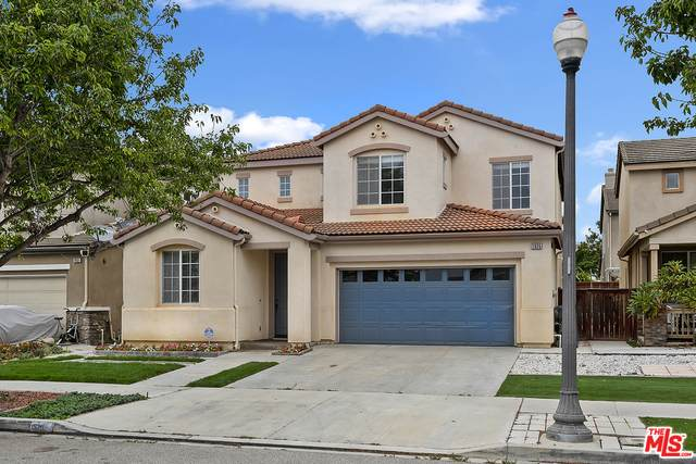 1935 Ribera Dr, Oxnard, CA 93030 (#20-593688) :: Randy Plaice and Associates