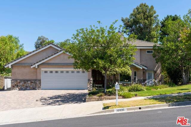 10835 Wicks St, Shadow Hills, CA 91040 (#20-595072) :: Compass