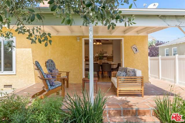 7464 Whitaker Ave, Lake Balboa, CA 91406 (#20-595614) :: Randy Plaice and Associates