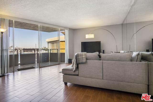 3121 W Coast Hwy 2D, Newport Beach, CA 92663 (#20-597994) :: HomeBased Realty