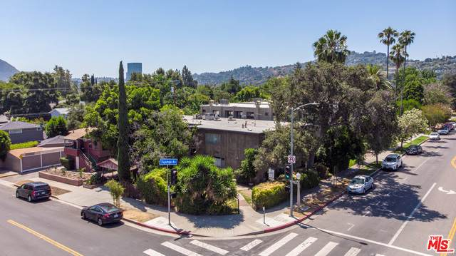4322 Tujunga Ave, Studio City, CA 91604 (#20-598016) :: The Parsons Team