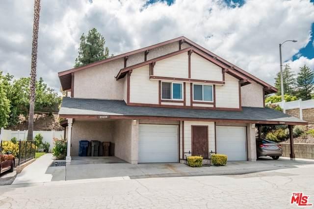 25259 Avenida Dorena, Newhall, CA 91321 (#20-598194) :: Randy Plaice and Associates
