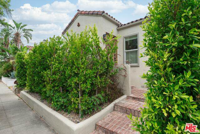 7719 Clinton St, Los Angeles, CA 90036 (#20-598274) :: Randy Plaice and Associates