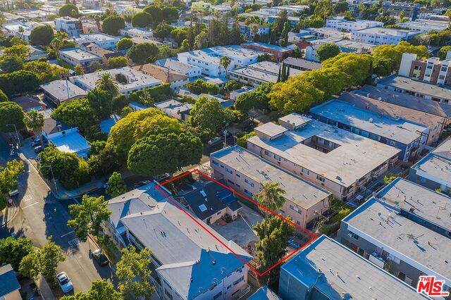 904 N Stanley Ave, West Hollywood, CA 90046 (#20-598596) :: Randy Plaice and Associates