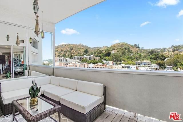7250 Franklin Ave #1005, Los Angeles, CA 90046 (#20-598890) :: Randy Plaice and Associates