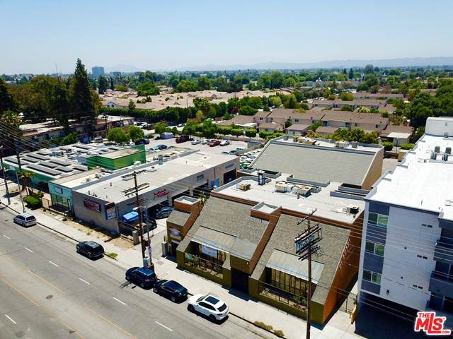 15226 Parthenia St, North Hills, CA 91343 (MLS #20-598996) :: Zwemmer Realty Group
