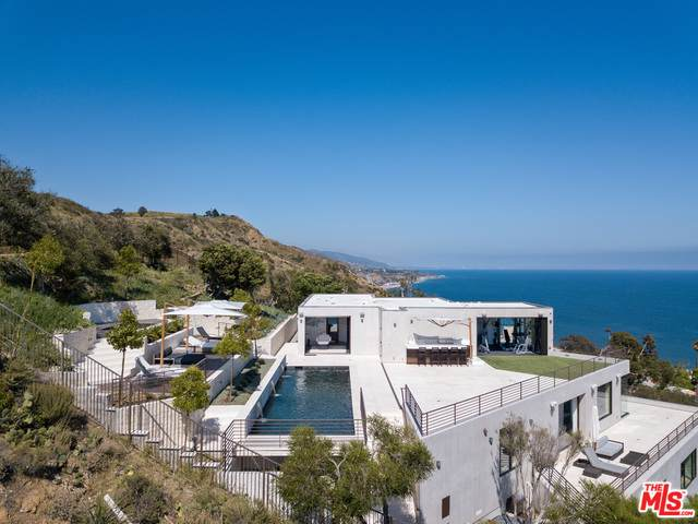 26901 Sea Vista Dr, Malibu, CA 90265 (#20-599352) :: Randy Plaice and Associates