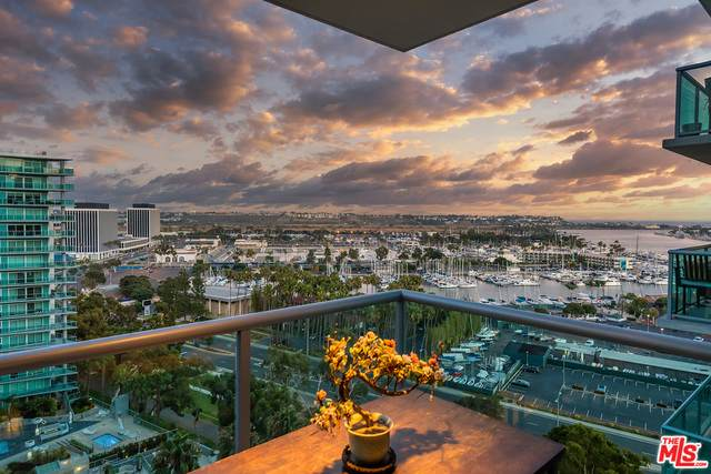 13700 Marina Pointe Dr #1630, Marina Del Rey, CA 90292 (#20-599404) :: Randy Plaice and Associates