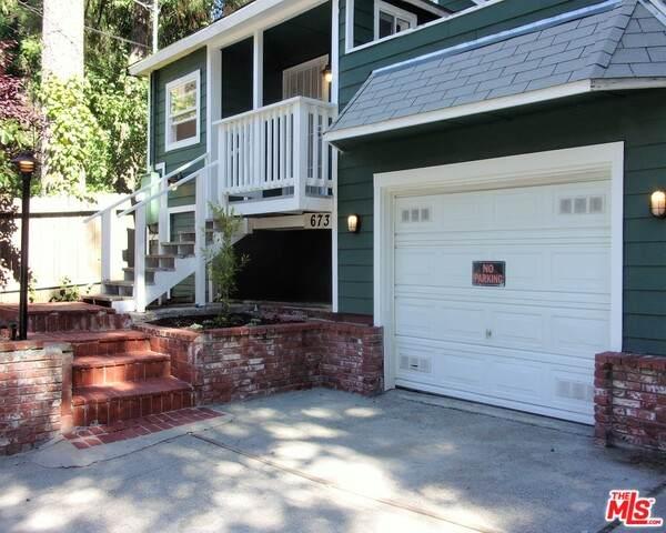 673 Cedar Ln, Crestline, CA 92325 (#20-599658) :: Randy Plaice and Associates