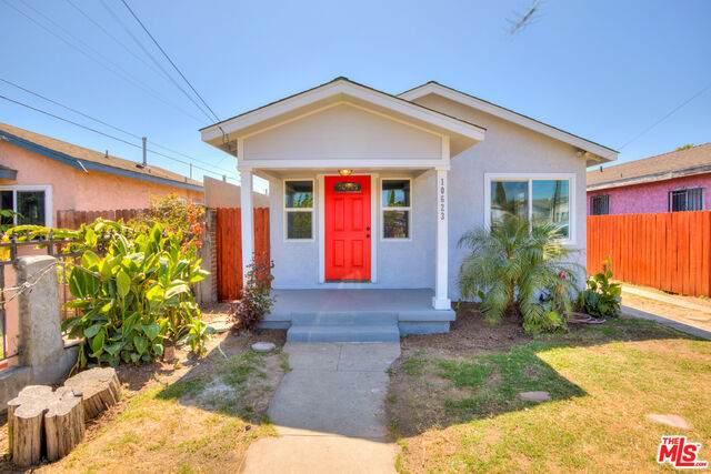 10623 Freeman Ave - Photo 1