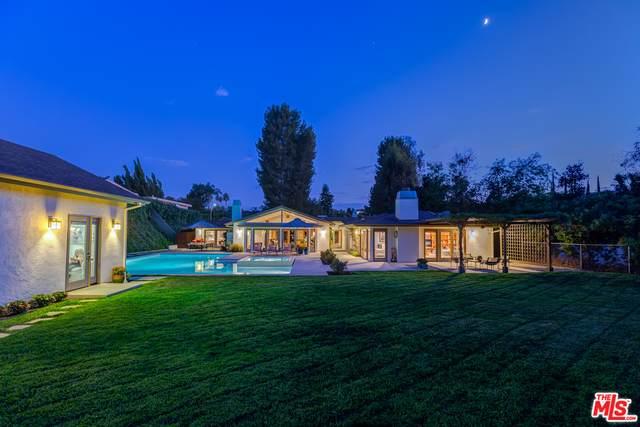 16231 Meadowridge Way, Encino, CA 91436 (#20-599958) :: The Pratt Group