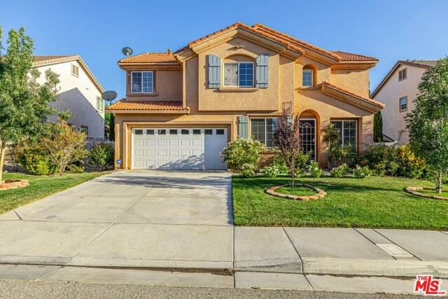 6332 Vittoria Ave, Palmdale, CA 93552 (#20-600232) :: The Suarez Team