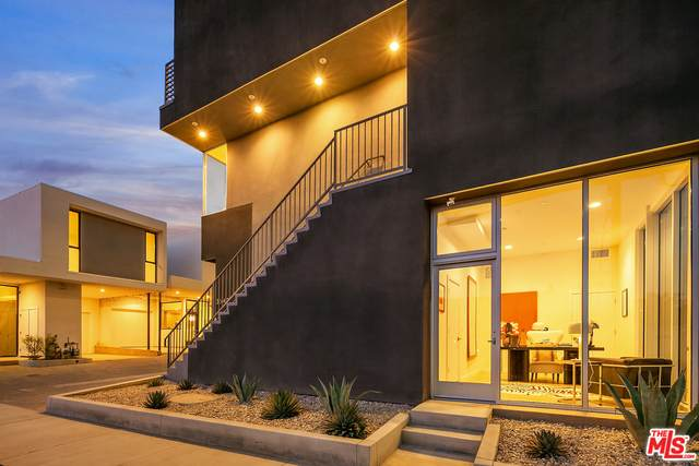 3549 Casitas Ave, Los Angeles, CA 90039 (#20-600234) :: The Pratt Group